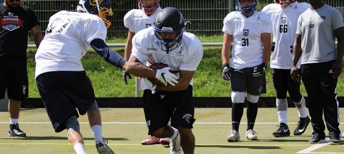 Oldenburger Sportjugend bietet Football-Camp an